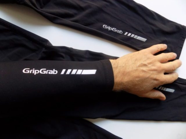 There's no fancy zips or other fastenings, GripGrab have kept it nice and simple