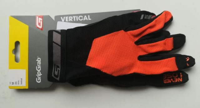 The GripGrab Vertical is designed for downhill and free riding