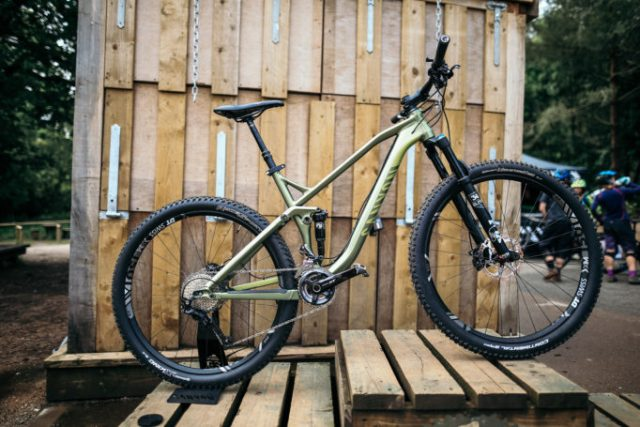 The Canyon Neuron AL 7.9 29er