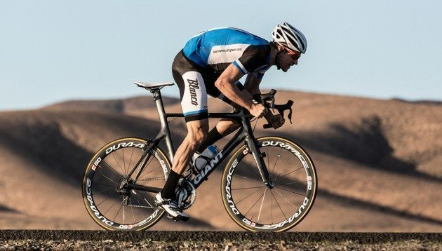 Theo Bos testing the new Giant Propel Advanced