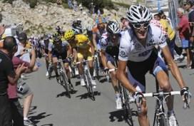Andy Schleck on Mont Ventoux, Tour de France 2009 Stage 20.