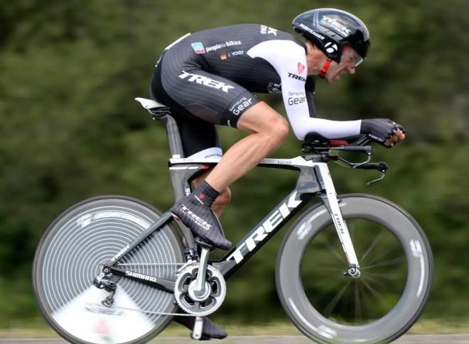 Jens Voigt time trialing