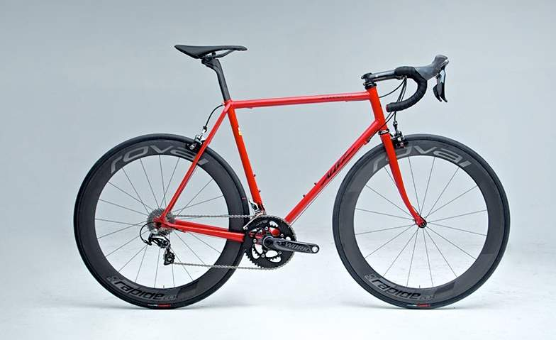 Specialized celebrates 40th anniversary with a lugged-steel limited edition Allez frame