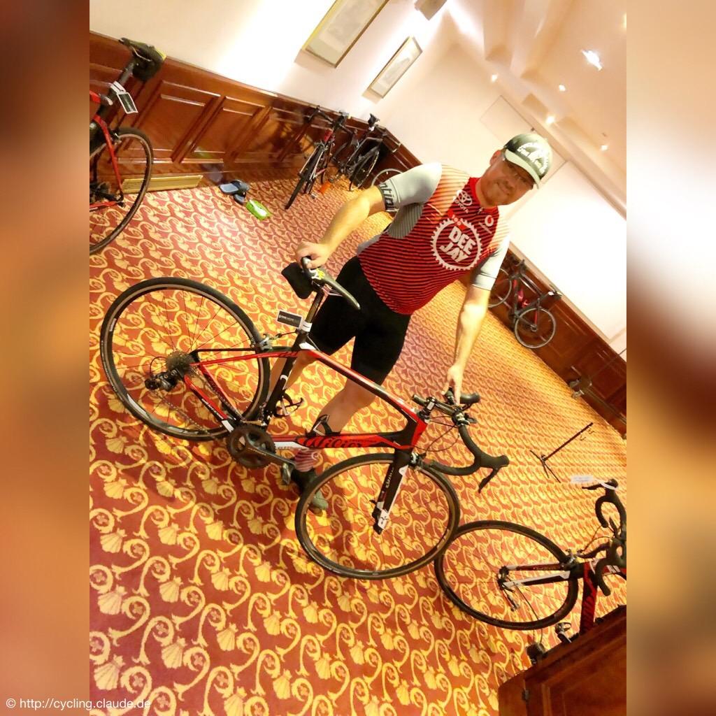 CyclingOlli beim Bikefitting im Keller