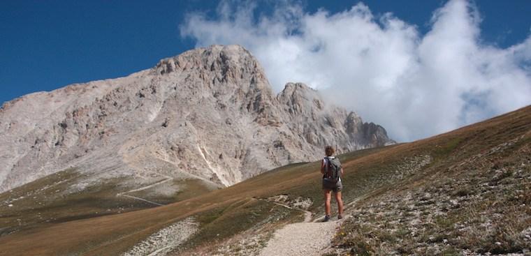 Gran Sasso d'Italia: sentieri per raggiungere il Corno Grande a piedi dal versante aquilano
