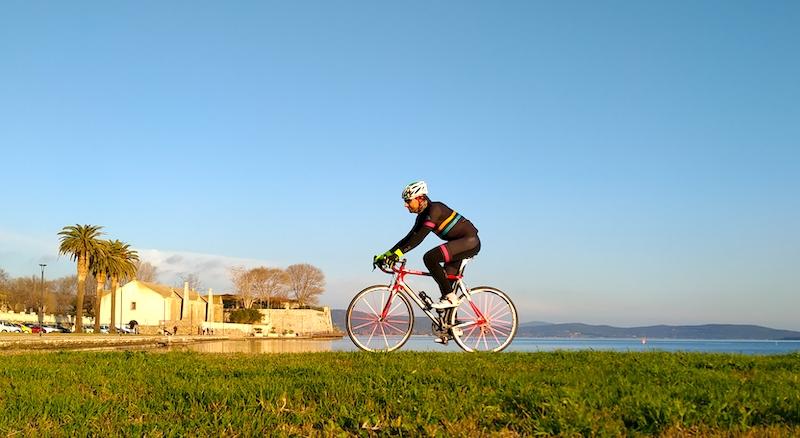 In bicicletta tra il tombolo della Feniglia e Monte Argentario: itinerario ciclabile da Orbetello