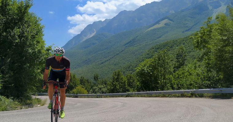 Infinite strade, due bici, un solo amore:  benvenuti nel nostro blog