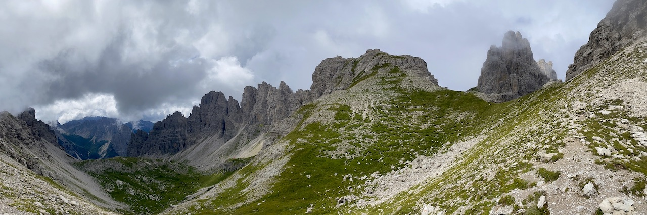 Dolomiti Friulane: trekking ad anello con pernotto al rifugio Giaf
