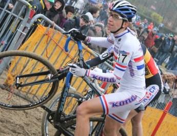 Cyclo-cross : l'ex-championne d'Europe et reine du Koppenberg Helen Wyman annonce sa retraite