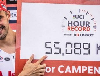 55,089 km/h : Victor Campenaerts bat le record de l'heure et passe la barre des 55 km