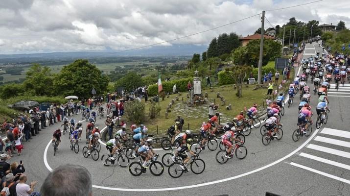Peloton - 15e étape Tour d'Italie 2019 - RCS Sport La Presse