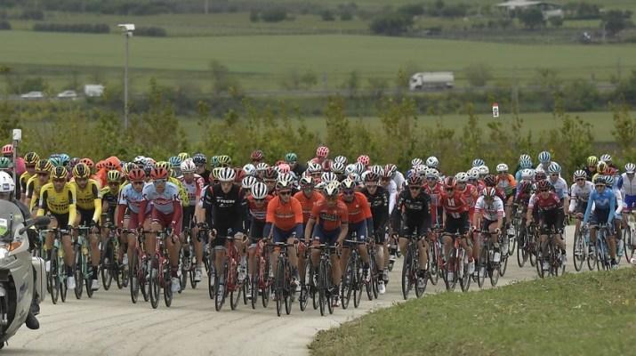 Peloton - 6e étape Tour d'Italie 2019 - RCS Sport La Presse