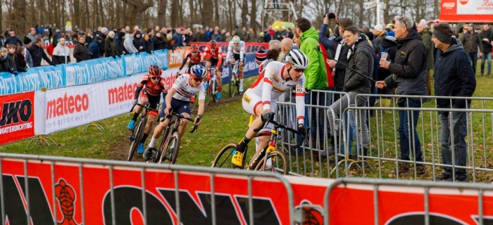 Toon Aerts et Tom Pidcock - Cyclo-cross de Hoogerheide 2020 - Alain Vandepontseele