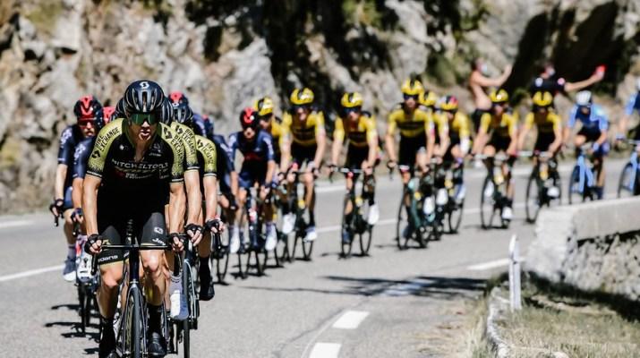 Peloton Mitchelton-Scott en tête - 6e étape Tour de France 2020 - ASO Pauline Ballet