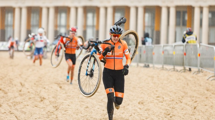 Lucinda Brand - Championnats du monde cyclo-cross 2021 - Alain Vandepontseele