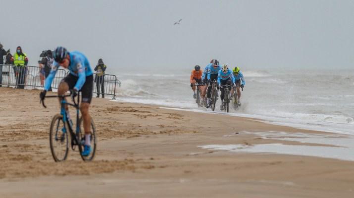 Belges Poursuite derrière Toon Aerts - Championnats du monde de cyclo-cross 2021 - Alain Vandepontseele