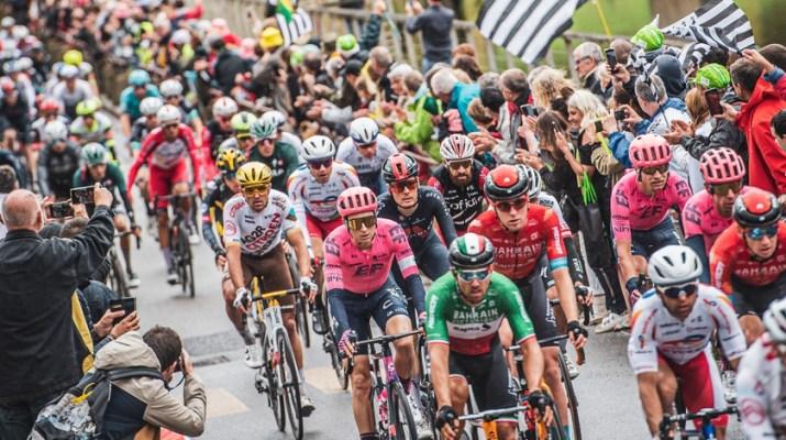 Peloton - 3e étape Tour de France 2021 - ASO Charly Lopez.jpg
