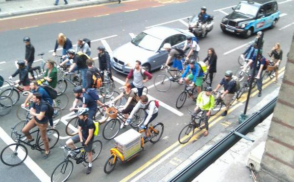 London commuters arriving stressed and late – unless they travel by bike