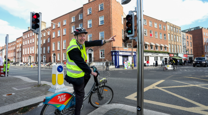 Minister Ross announces additional Funding for New Safety Measures for Cyclists