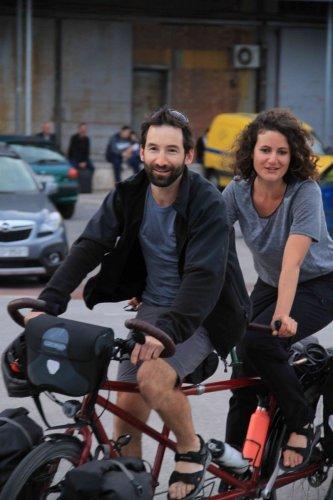 Alex et Clarisse arrivent au Pirée !