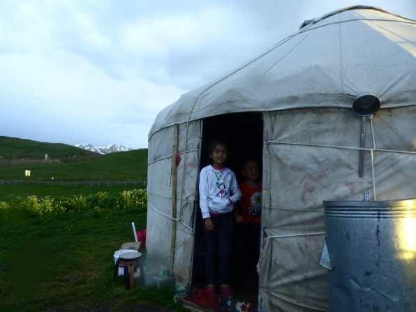 Nomadi Kazakh in Xinjiang, Cina