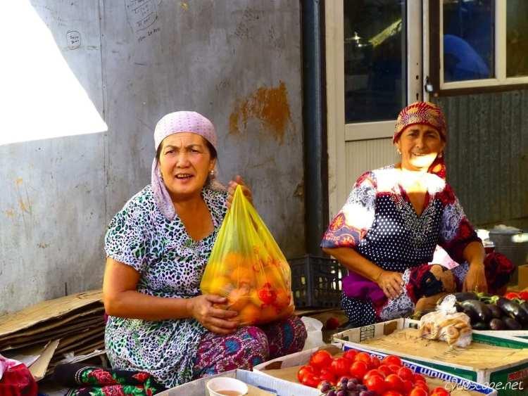 bazar Turkestan Silk Road