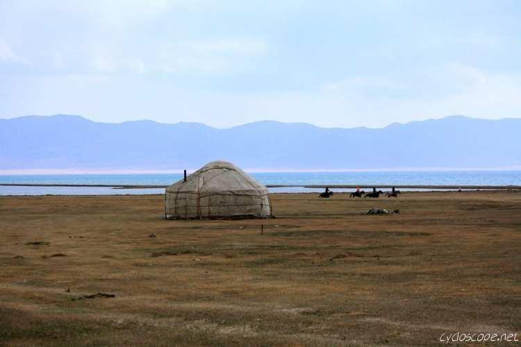Yurta lago Song Kul Kyrgyzstan