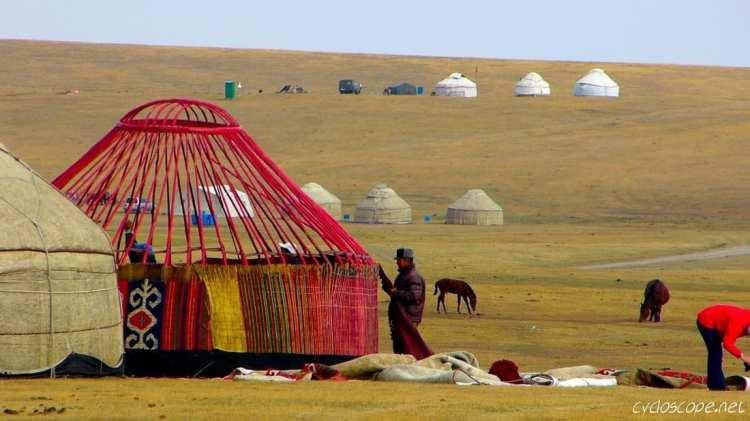 montaggio di una yurta