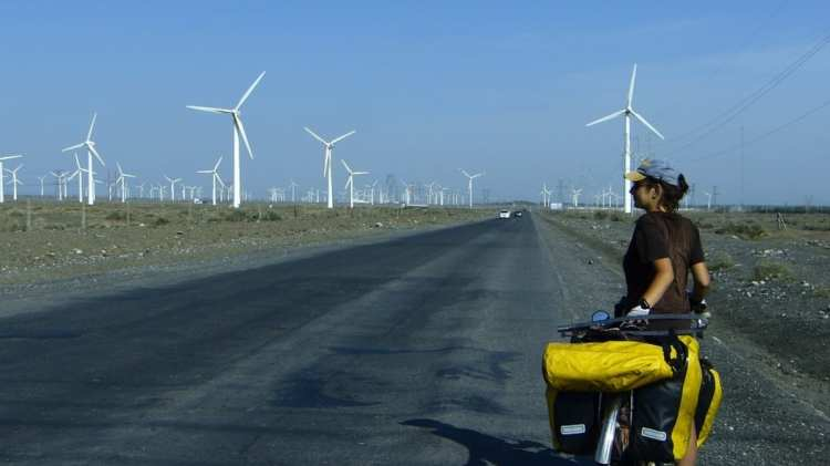 bicycle touring xinjiang gobi taklamakan green energy