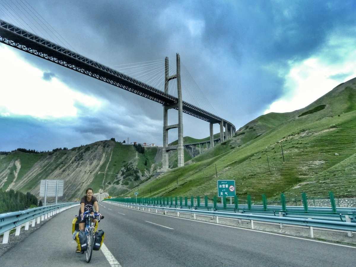 cycling highways China G30