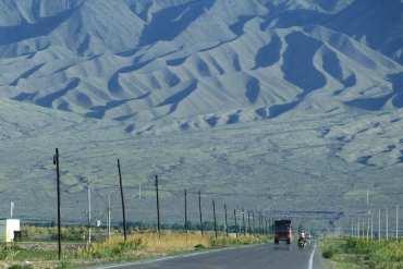 Qualche fatto su Urumqi: deserto nucleare e balli di gruppo 12