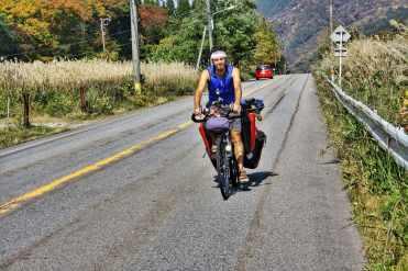 bicycle touring Shirakawa Gobicycle touring Shirakawa Go