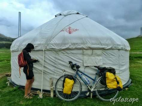 Dormire nella yurta nell'Ovest della Cina