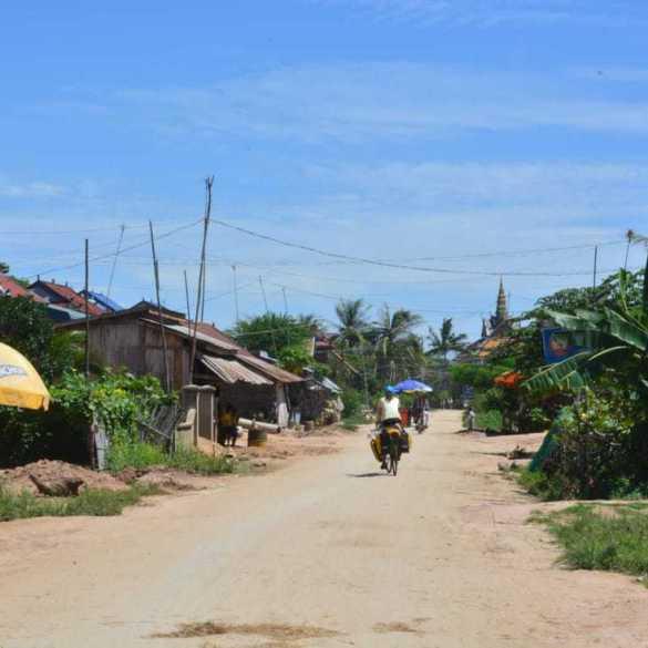 Cycling Cambodia - part2: Kampot to Phnom Penh (and the Angkorian temple of Phnom Chisor) 10