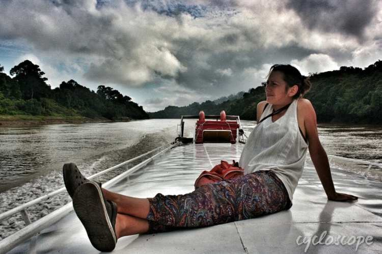 public boat belaga sibu kapit cheao low cost cruise rajang river borneo