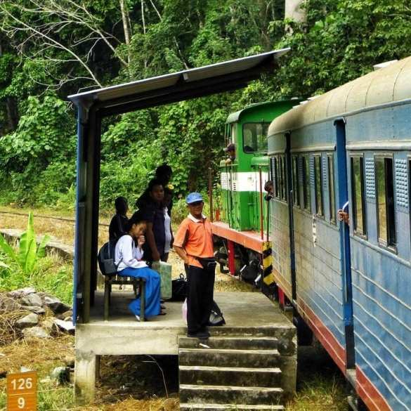 A Train through the jungle of Borneo: from Tenom to Beaufort 11