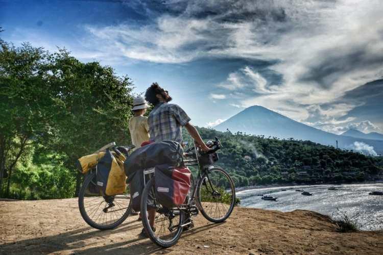 bali travel bicycle