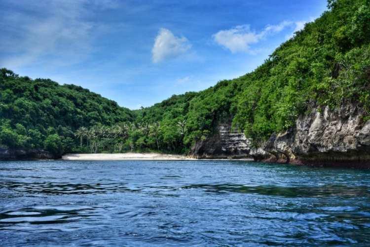 Crystal Bay Nusa Penida spiaggia