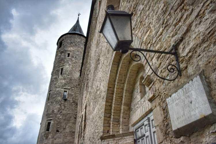 haapsalu castle estonia