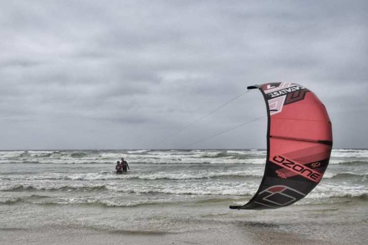 learning kite surfing in Cape Town muizenberg