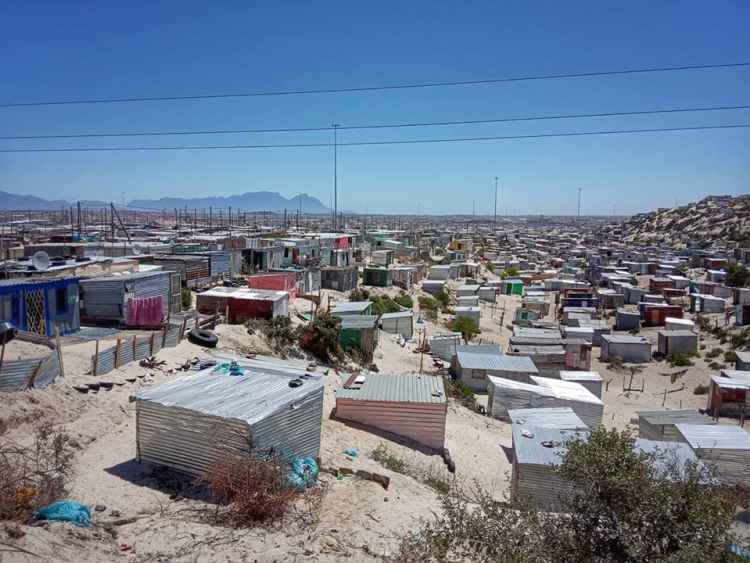 Khayelitsha from the road