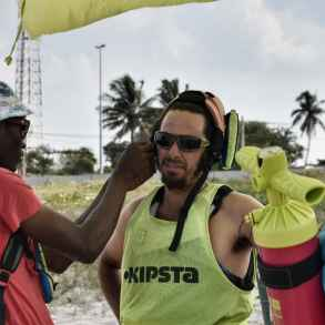 kitesurfing lessons mozambique