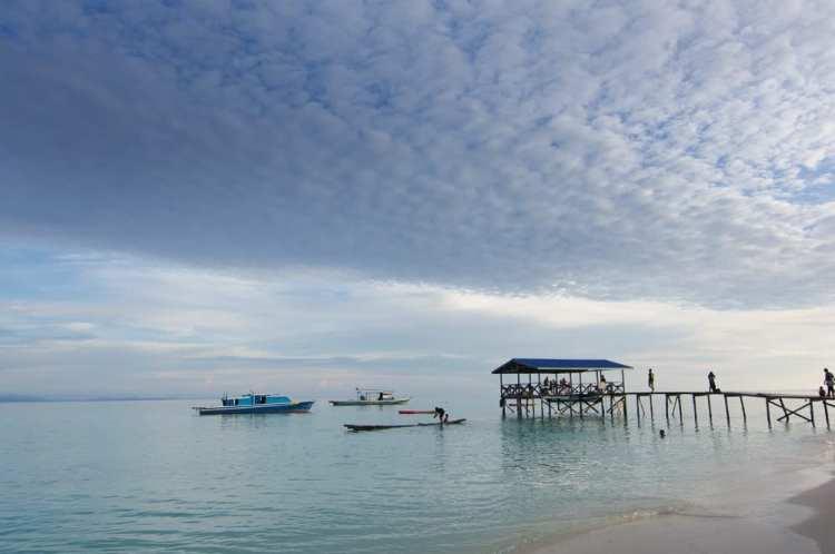 mantanani beach island