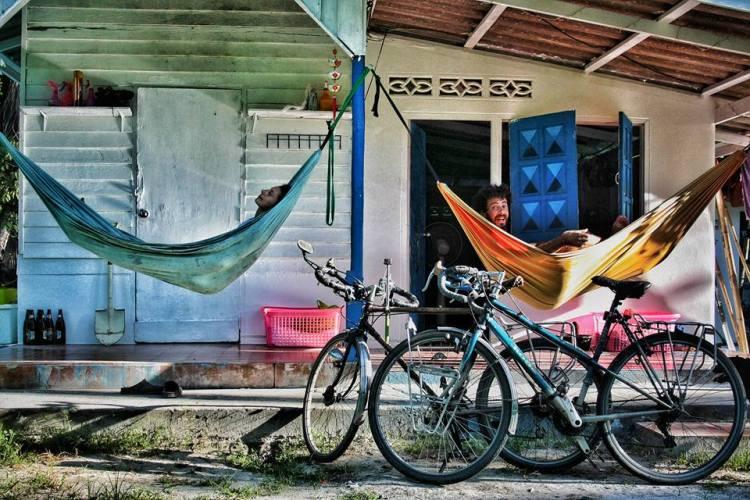 where to sleep cycling thailand