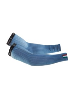 1906159_321000_Monument Arm Warmers_F