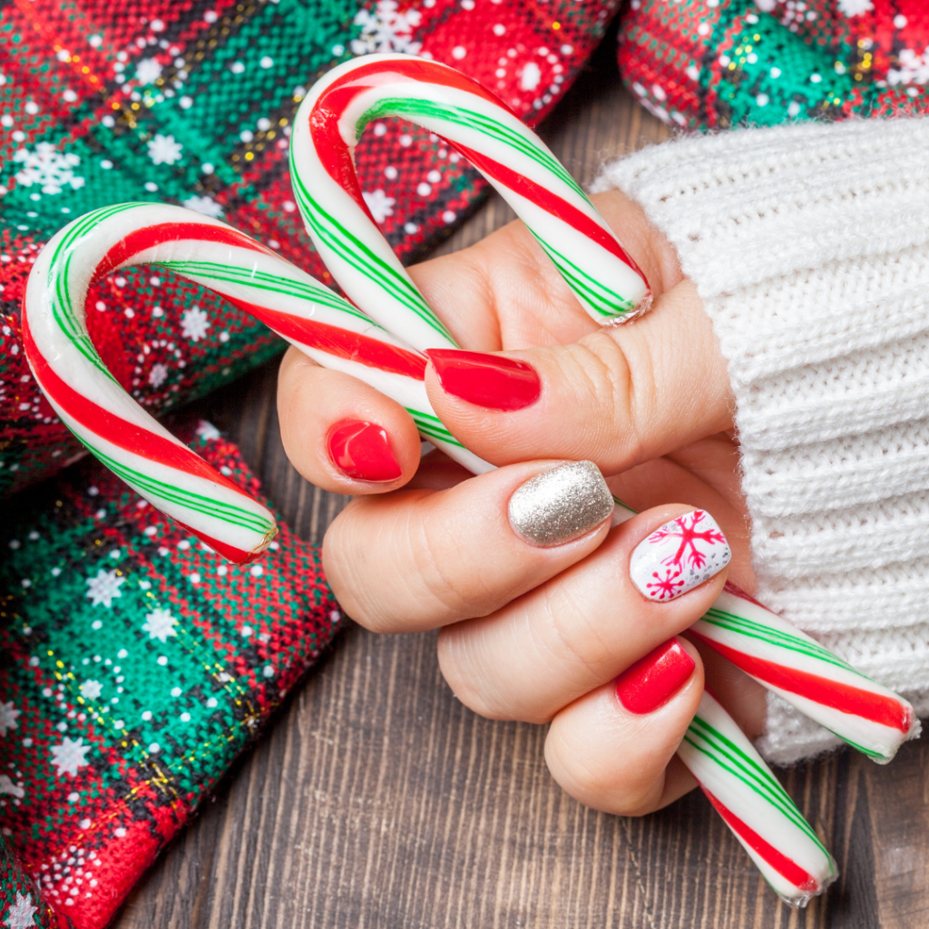 christmas manicure with candy canes