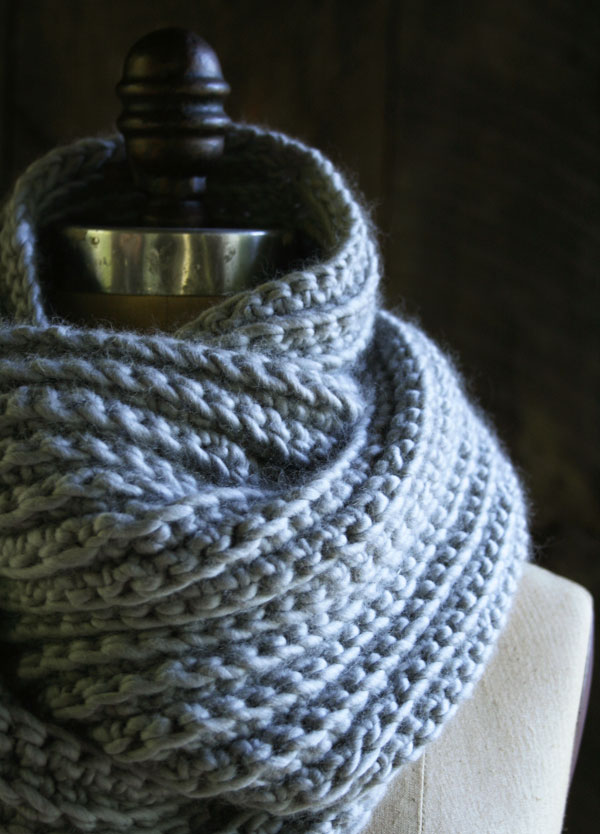 crocheted-cowl-600-7-2a