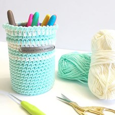 Create Beautiful Pen Pencil Crochet Holder