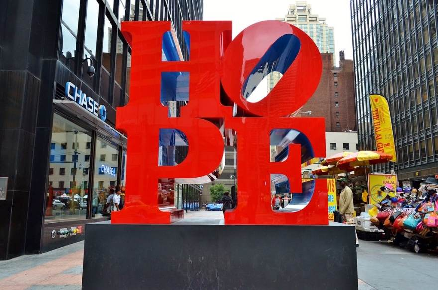 Photo of Robert Indiana's iconic sculpture in New York City