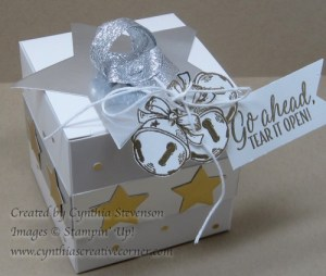 golden-gift-box-top-www-cynthiascreativecorner-com